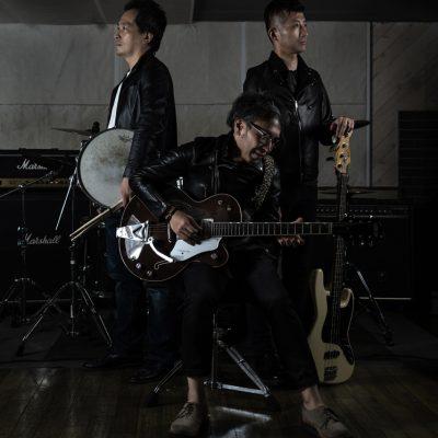 ロックバンドのプロフィールの写真