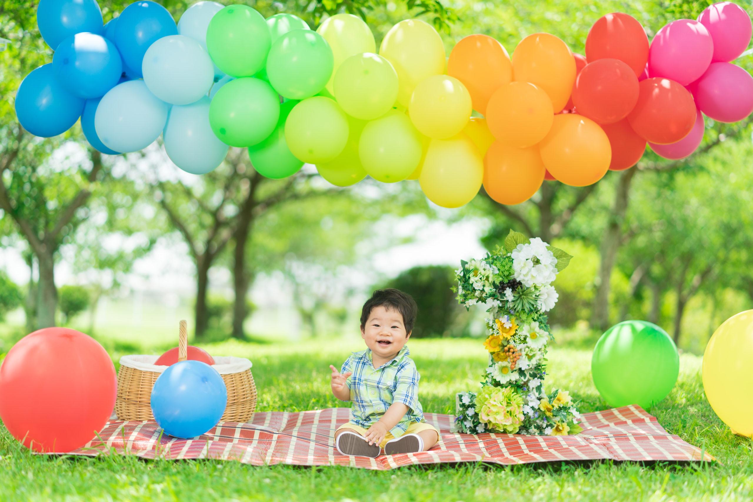 1歳記念ロケ撮影の子供の写真